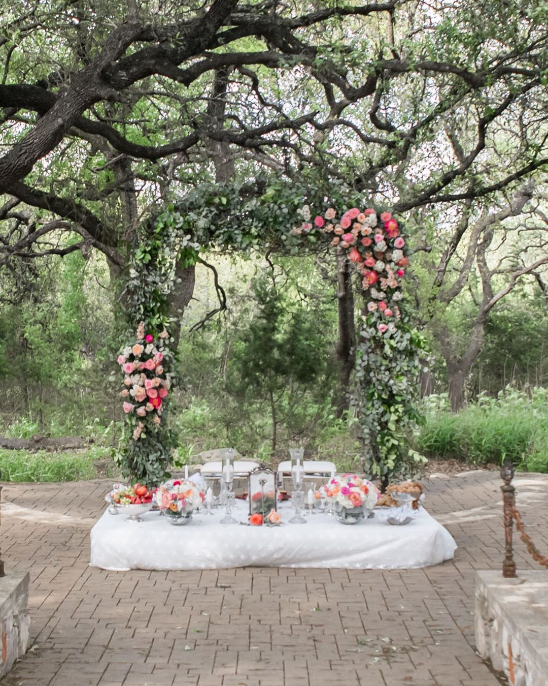 floral-rustikal-Hochzeitsetting-Hochzeitsideen